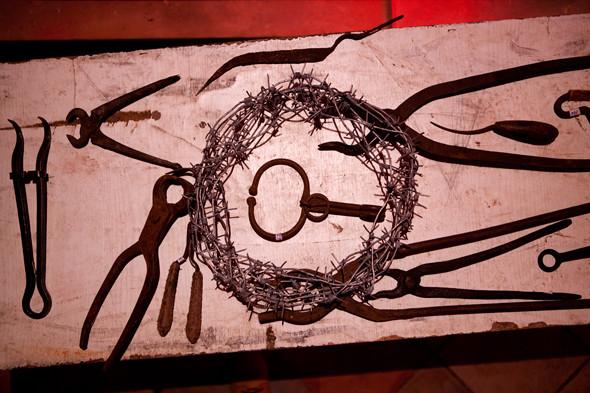Инструменты пыток в музее телесных наказаний