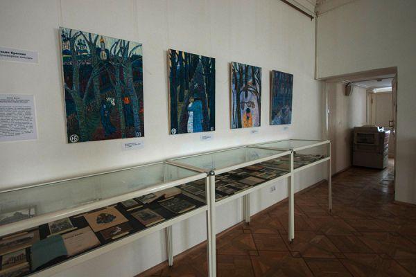Картины в музее Цветаевой