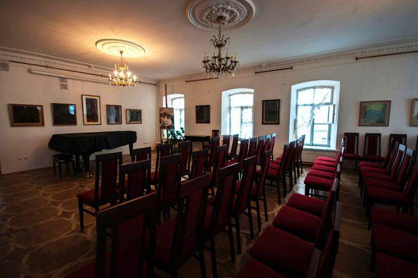 Зал для творческих вечеров в музее Цветаевой