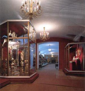 Залы в алмазном фонде