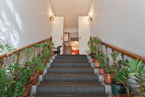 Лестница в музее мебели на Таганке