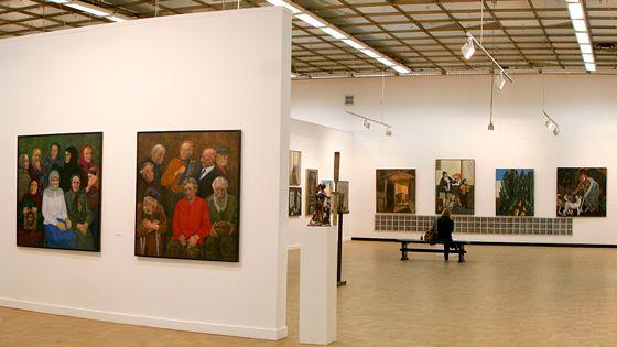 Выставка картин в ЦДХ