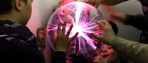 Энергетический шар в музее экспериментальных наук