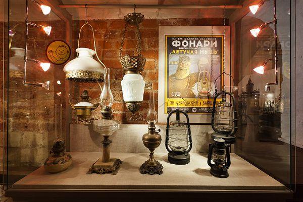 Керосиновые лампы в музее Огни Москвы