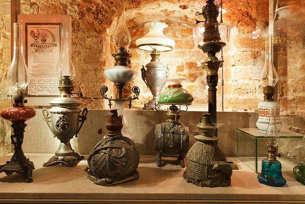 Различные предметы в музее Огни Москвы