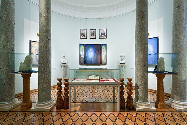 Экспозиция в музее Рериха