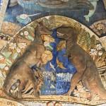 """Панно """"Древо жизни"""" в палеонтологическом музее"""