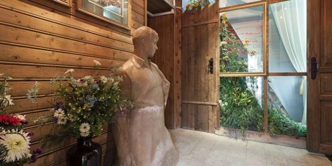 Бюст Сергея Есенина в музее Есенина