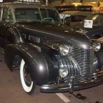 Cadillac в музее ретро-автомобилей