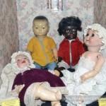 Негритенок и компания в музее кукол