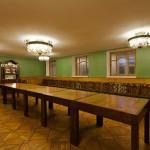 Много столов в музее Цветаевой