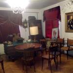 Уютная комната в музее позабытых вещей