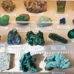 Различные минералы в музее Ферсмана